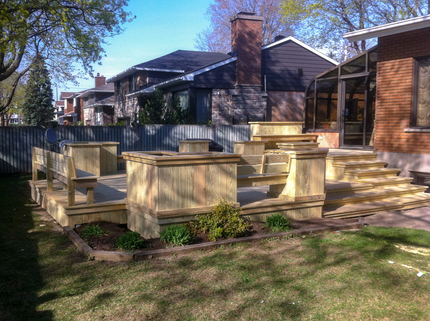 MM-renovations-exterieures-deck-patios